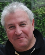 Allan Behrens, Taxal
